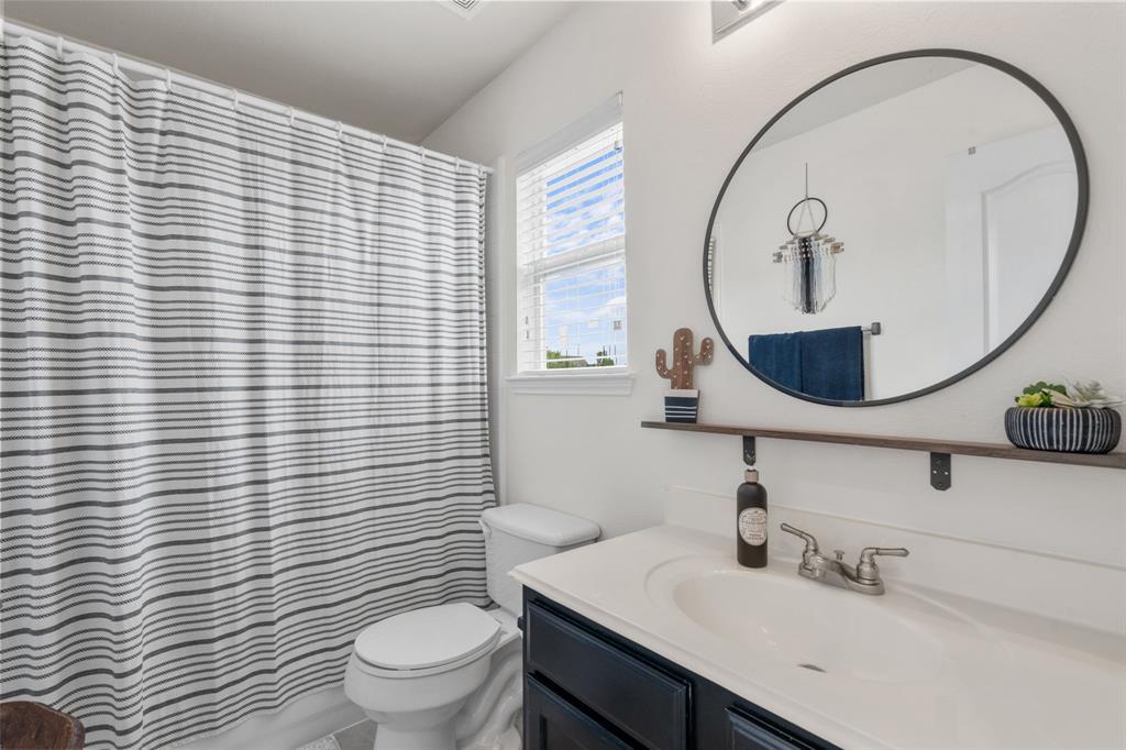 1726 Oak Brook  Lane, Allen, Texas 75002 - acquisto real estate best realtor foreclosure real estate mike shepeherd walnut grove realtor