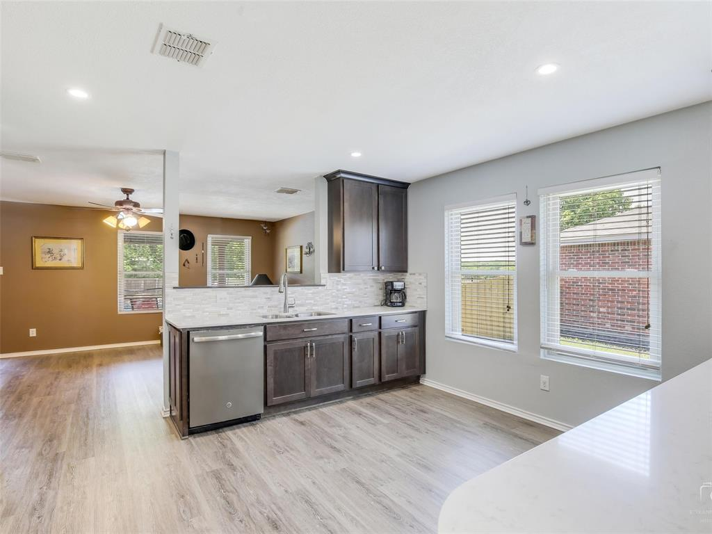 2516 Red Oak  Drive, Little Elm, Texas 75068 - acquisto real estate best listing listing agent in texas shana acquisto rich person realtor