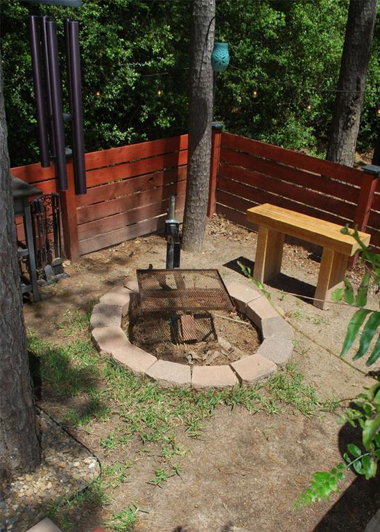 429 Evening Shadows  Trail, Holly Lake Ranch, Texas 75765 - acquisto real estate best realtor dfw jody daley liberty high school realtor