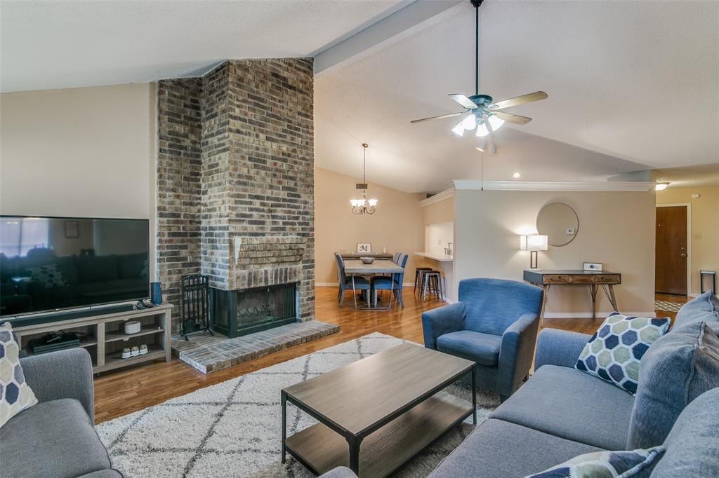 3205 Meadowood  Drive, Garland, Texas 75040 - acquisto real estate best real estate company to work for