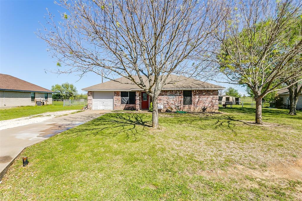 525 Apple  Street, Joshua, Texas 76058 - Acquisto Real Estate best frisco realtor Amy Gasperini 1031 exchange expert