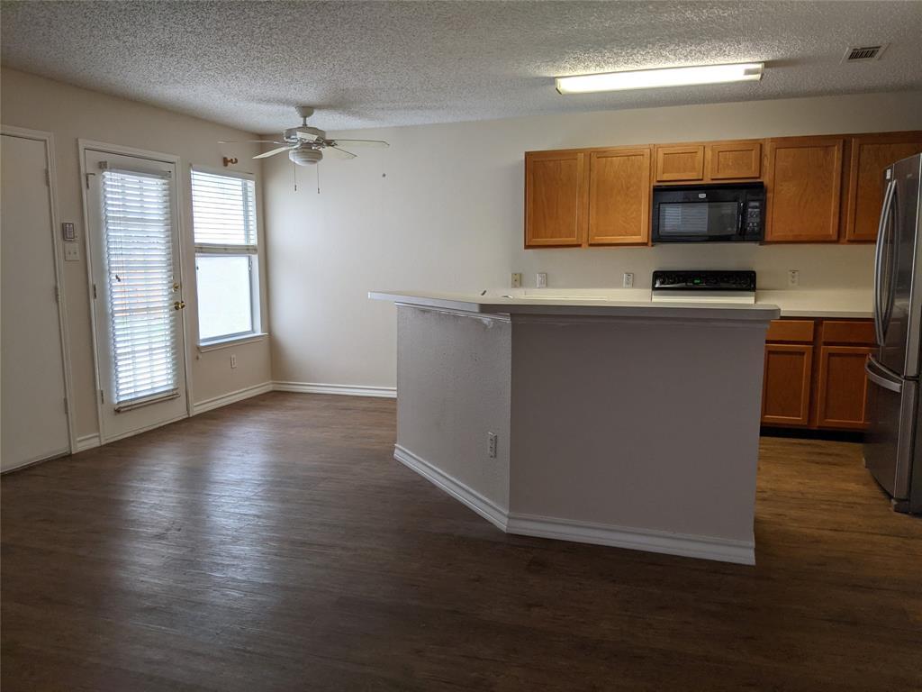 905 Meadowgate  Drive, Allen, Texas 75002 - acquisto real estate best celina realtor logan lawrence best dressed realtor
