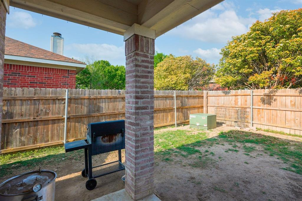6312 Seal  Cove, Fort Worth, Texas 76179 - acquisto real estate best negotiating realtor linda miller declutter realtor