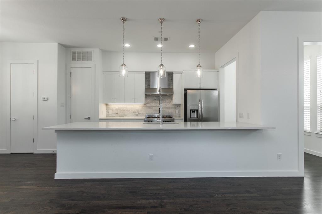 1910 Euclid  Avenue, Dallas, Texas 75206 - acquisto real estate best listing agent in the nation shana acquisto estate realtor