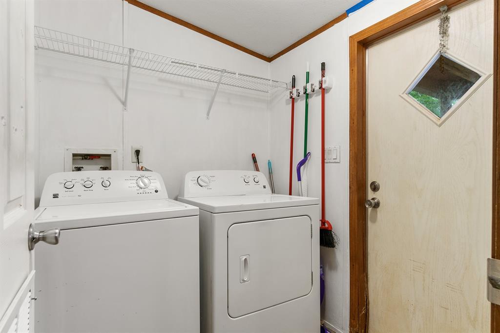 444 Vz County Road 4305  Ben Wheeler, Texas 75754 - acquisto real estate best new home sales realtor linda miller executor real estate