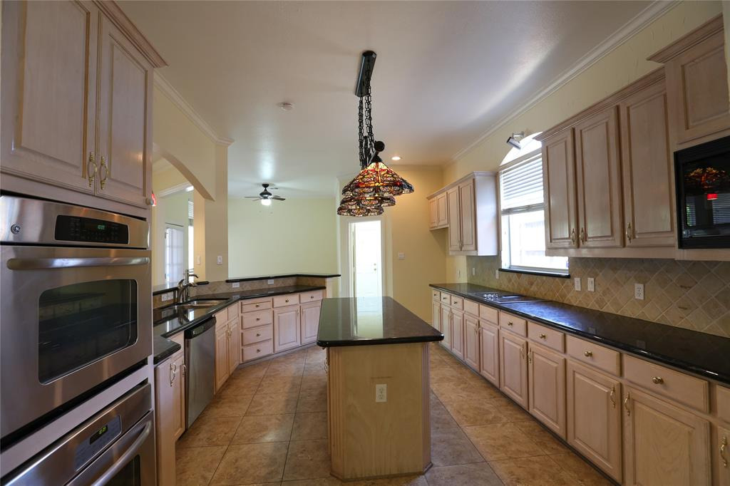 3601 Ellington  Drive, Plano, Texas 75093 - acquisto real estate best highland park realtor amy gasperini fast real estate service