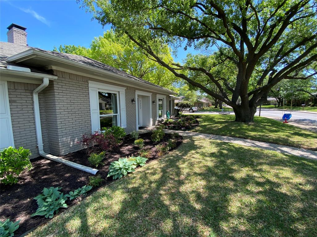 7227 Bluefield  Drive, Dallas, Texas 75248 - acquisto real estate best the colony realtor linda miller the bridges real estate