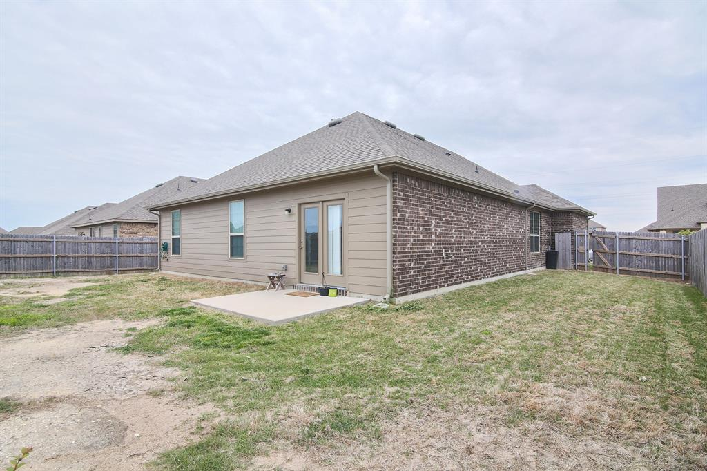 106 Cantle  Street, Waxahachie, Texas 75165 - acquisto real estate best photo company frisco 3d listings