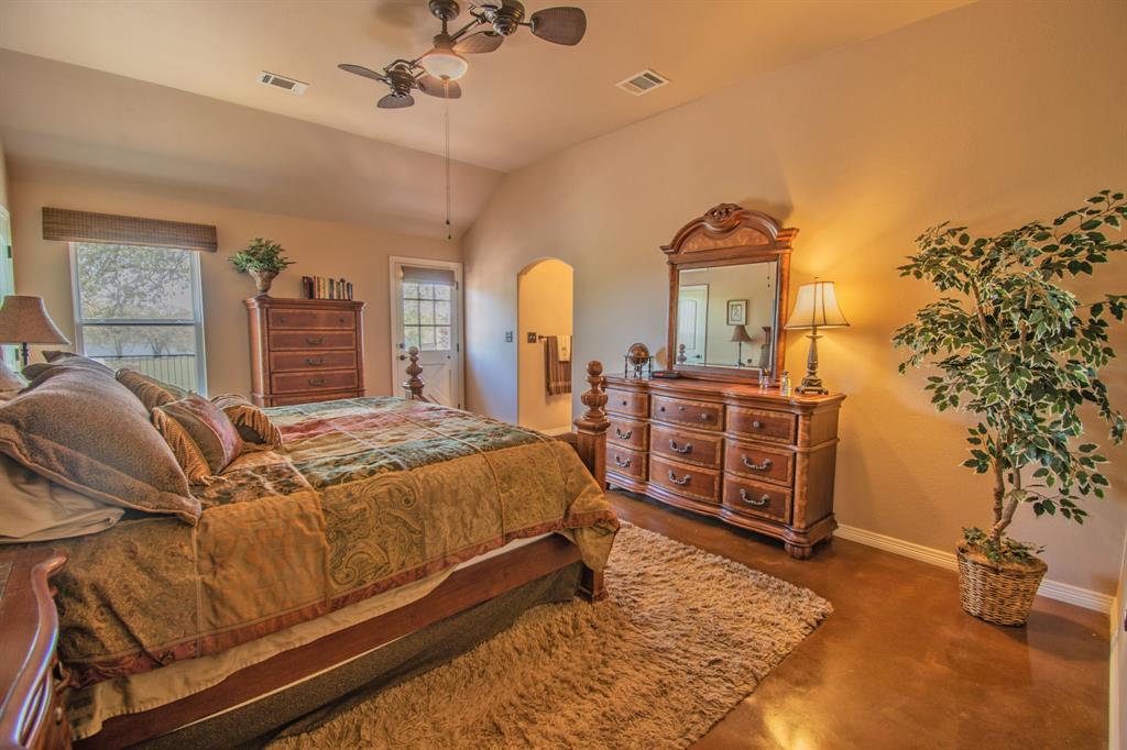 108 Shoreline  Circle, Weatherford, Texas 76088 - acquisto real estate best realtor dfw jody daley liberty high school realtor
