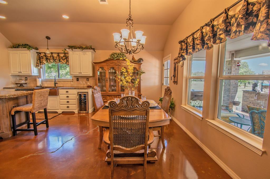 108 Shoreline  Circle, Weatherford, Texas 76088 - acquisto real estate best realtor dallas texas linda miller agent for cultural buyers