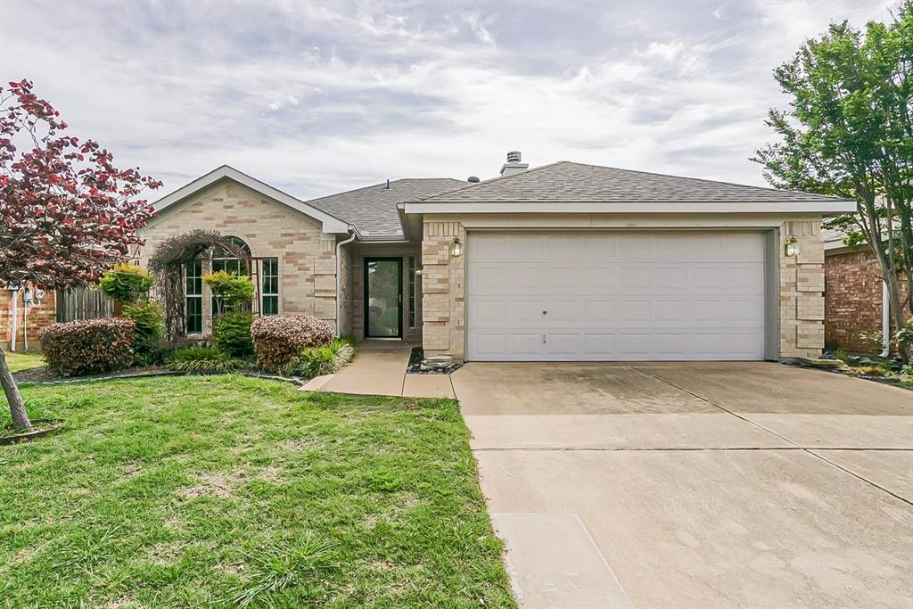 7405 Grass Valley  Trail, Fort Worth, Texas 76123 - Acquisto Real Estate best plano realtor mike Shepherd home owners association expert