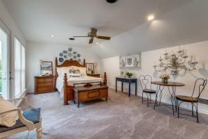 9631 Hilldale  Drive, Dallas, Texas 75231 - acquisto real estate best plano real estate agent mike shepherd