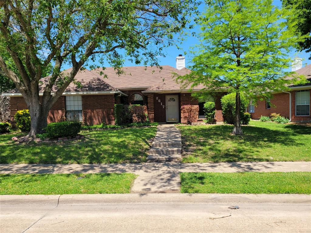 2617 Hawk  Drive, Mesquite, Texas 75181 - Acquisto Real Estate best plano realtor mike Shepherd home owners association expert