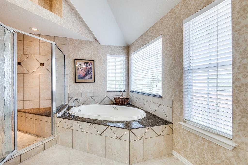 1412 Santa Fe  Trail, Carrollton, Texas 75007 - acquisto real estate best realtor foreclosure real estate mike shepeherd walnut grove realtor