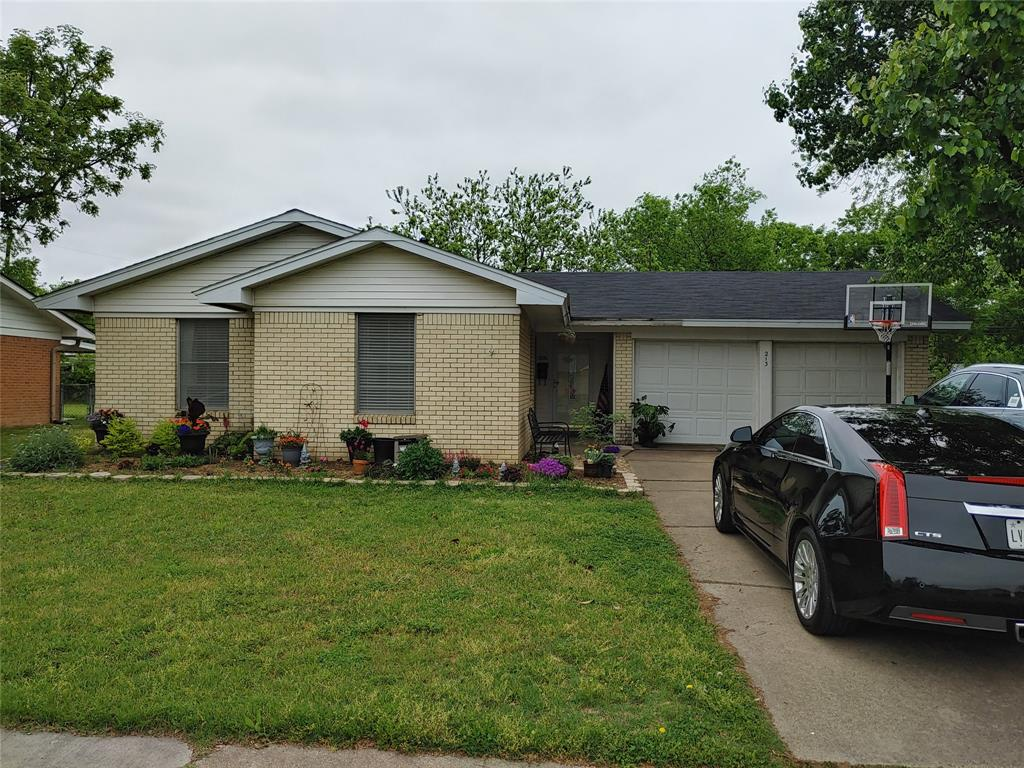 213 Murphy  Road, Burleson, Texas 76028 - Acquisto Real Estate best frisco realtor Amy Gasperini 1031 exchange expert