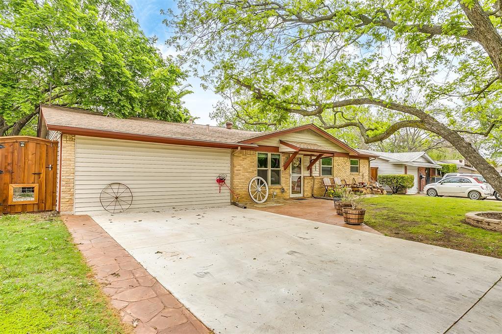 132 Wanda  Way, Burleson, Texas 76028 - Acquisto Real Estate best frisco realtor Amy Gasperini 1031 exchange expert