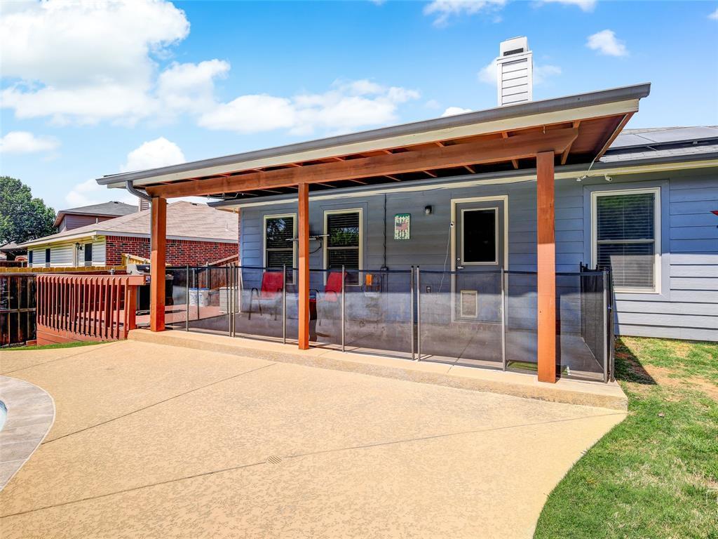 2516 Red Oak  Drive, Little Elm, Texas 75068 - acquisto real estate best realtor dfw jody daley liberty high school realtor