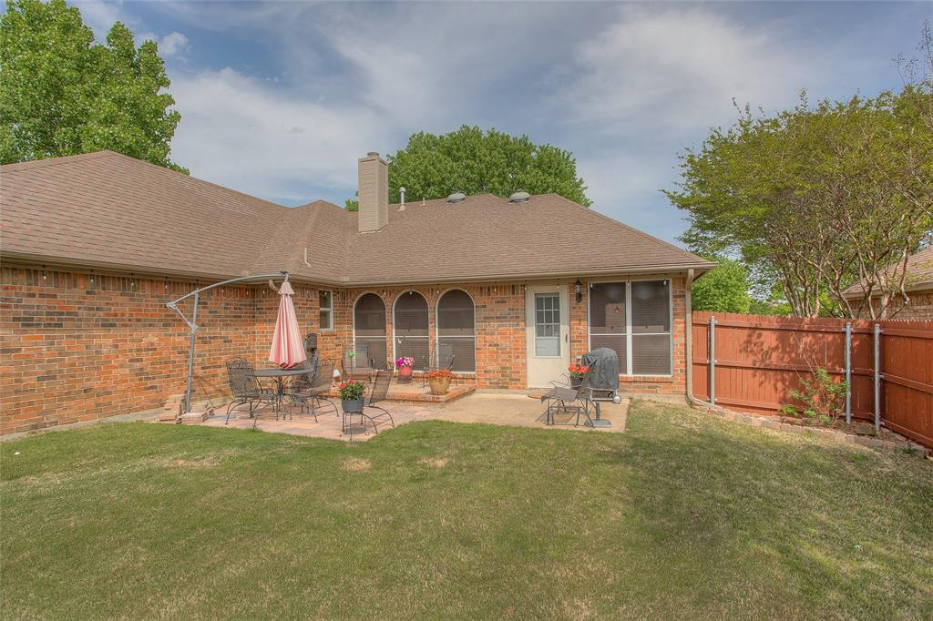 1828 Lacey Oak  Lane, Keller, Texas 76248 - acquisto real estate best negotiating realtor linda miller declutter realtor