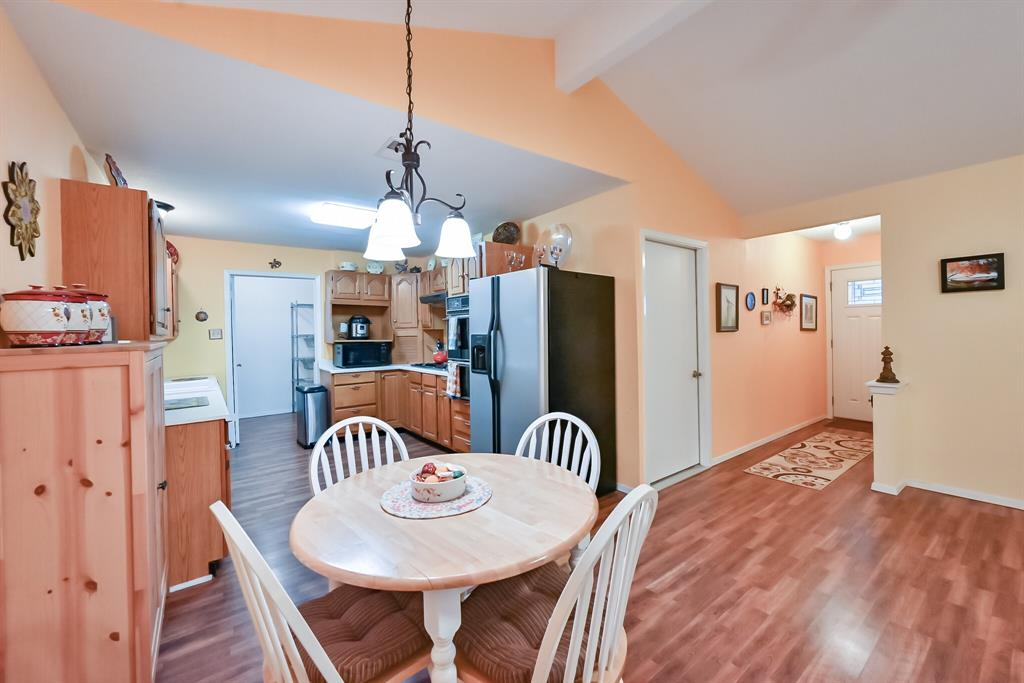 1206 Shelmar  Drive, Arlington, Texas 76014 - acquisto real estate best real estate company to work for