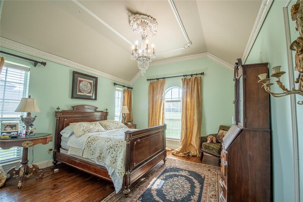 217 Horizon  Circle, Azle, Texas 76020 - acquisto real estate best realtor dallas texas linda miller agent for cultural buyers