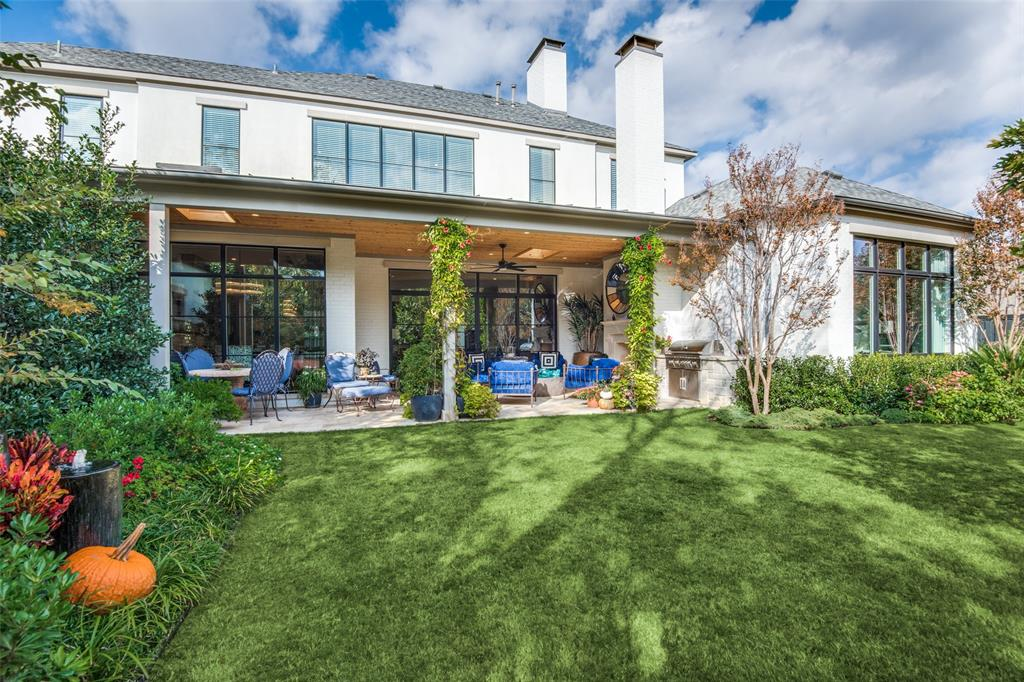 4618 Crooked  Lane, Dallas, Texas 75229 - acquisto real estate best looking realtor in america shana acquisto