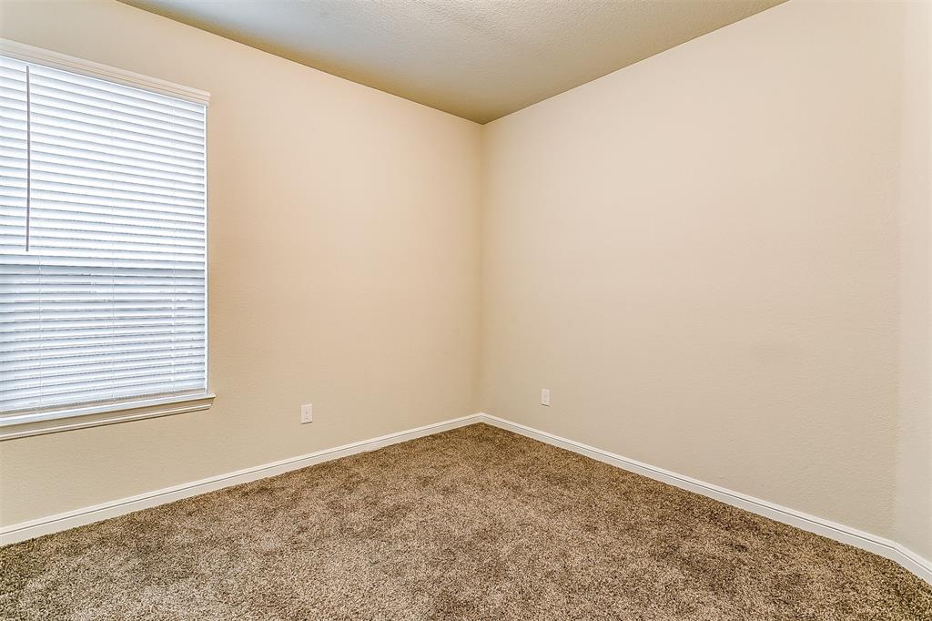 568 Pendennis  Drive, Saginaw, Texas 76131 - acquisto real estate best realtor dfw jody daley liberty high school realtor