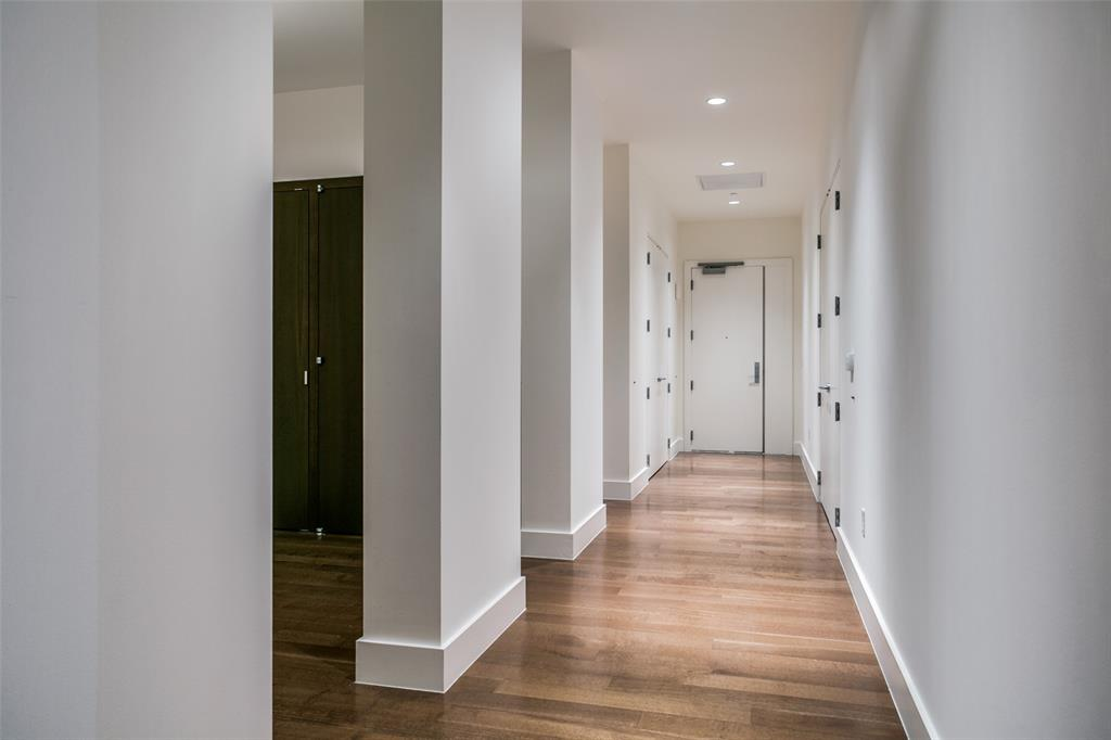 2200 Victory  Avenue, Dallas, Texas 75219 - acquisto real estate best the colony realtor linda miller the bridges real estate
