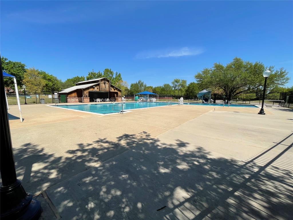 2216 Brenham  Drive, McKinney, Texas 75072 - acquisto real estate best looking realtor in america shana acquisto