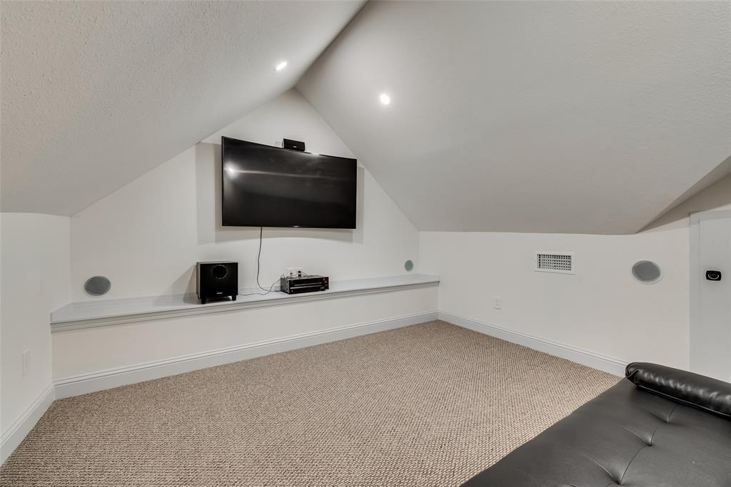 303 S. Walker  Street, Dallas, Texas 75149 - acquisto real estate best new home sales realtor linda miller executor real estate
