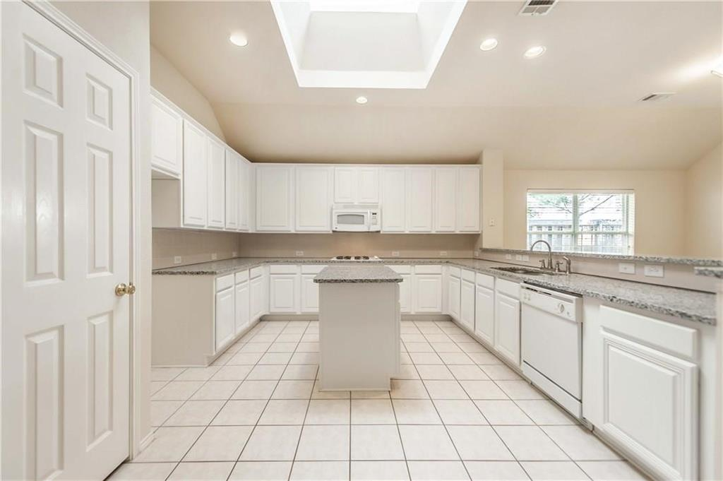 2424 Brycewood  Lane, Plano, Texas 75025 - acquisto real estate best prosper realtor susan cancemi windfarms realtor