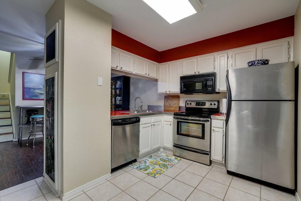 2325 Torrington  Drive, Arlington, Texas 76012 - acquisto real estate best highland park realtor amy gasperini fast real estate service