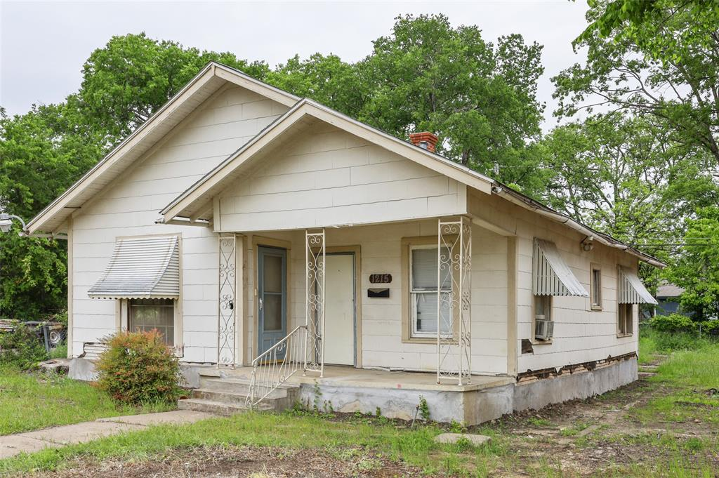 1215 Robert  Street, Fort Worth, Texas 76104 - acquisto real estate best the colony realtor linda miller the bridges real estate