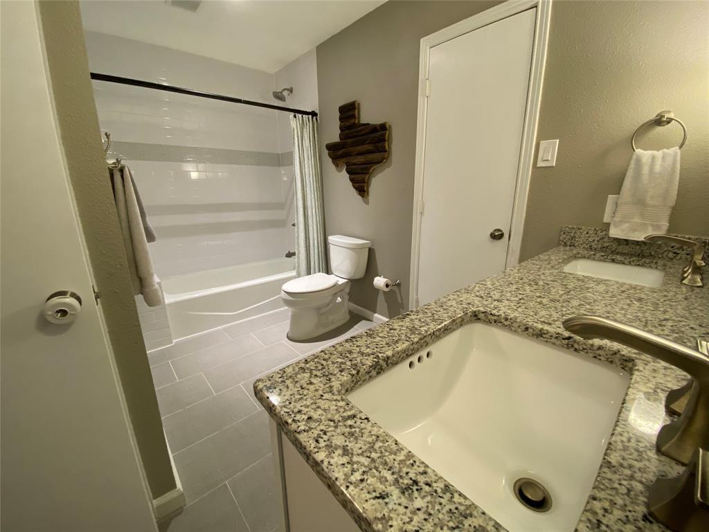 7227 Bluefield  Drive, Dallas, Texas 75248 - acquisto real estate best negotiating realtor linda miller declutter realtor