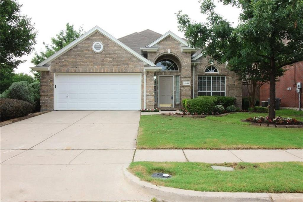 11902 Cobblestone  Drive, Frisco, Texas 75035 - Acquisto Real Estate best plano realtor mike Shepherd home owners association expert