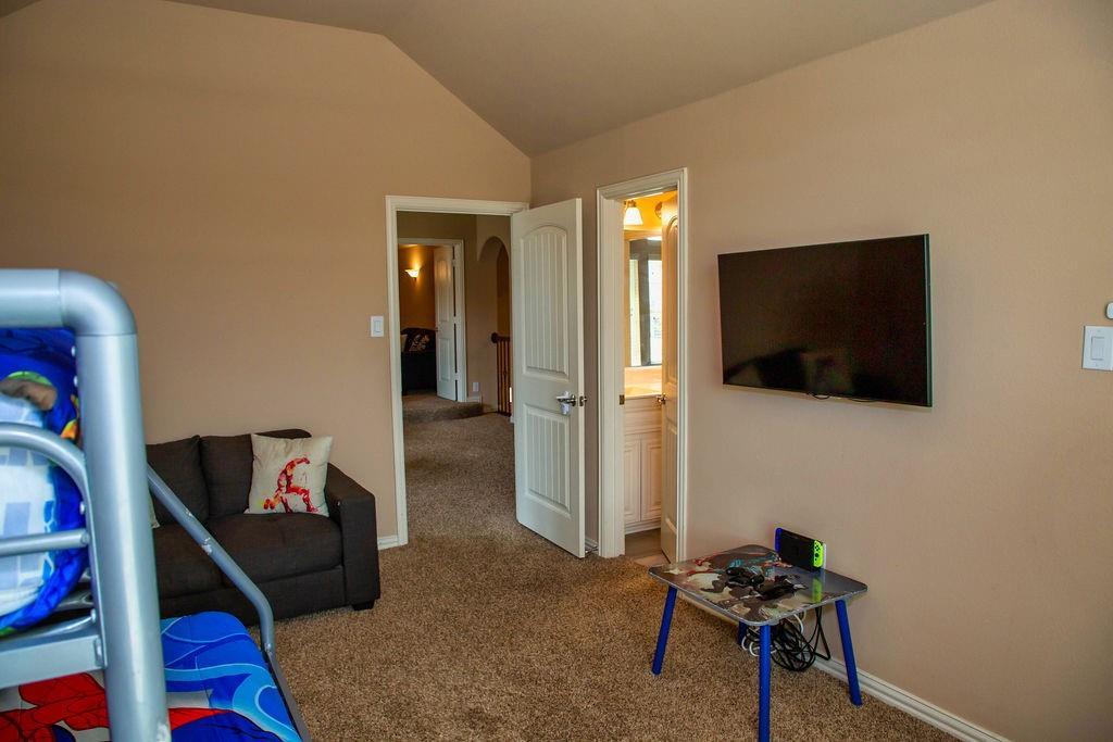 5225 Edgebrook  Way, Fort Worth, Texas 76244 - acquisto real estate best realtor dfw jody daley liberty high school realtor