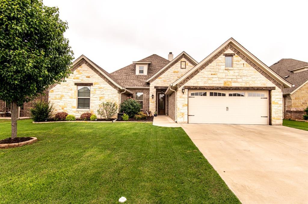 319 Oar Wood  Drive, Granbury, Texas 76049 - Acquisto Real Estate best frisco realtor Amy Gasperini 1031 exchange expert