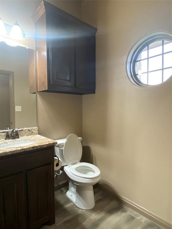 3312 Windcrest  Drive, Granbury, Texas 76049 - acquisto real estate best real estate company to work for