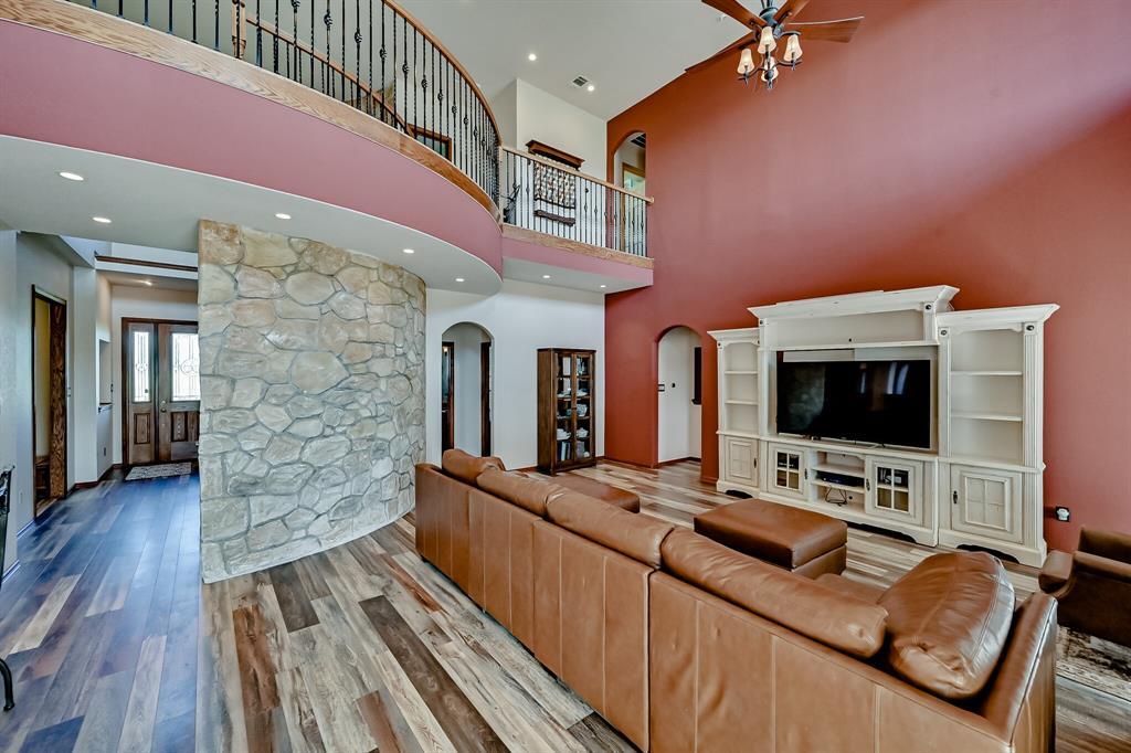 7431 Drury Cross  Road, Burleson, Texas 76028 - acquisto real estate best prosper realtor susan cancemi windfarms realtor