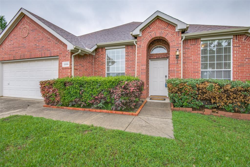 2309 Great Bear  Lane, Denton, Texas 76210 - acquisto real estate best frisco real estate agent amy gasperini panther creek realtor