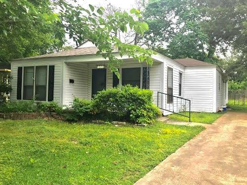 1531 Magnolia  Avenue, Corsicana, Texas 75110 - acquisto real estate best allen realtor kim miller hunters creek expert