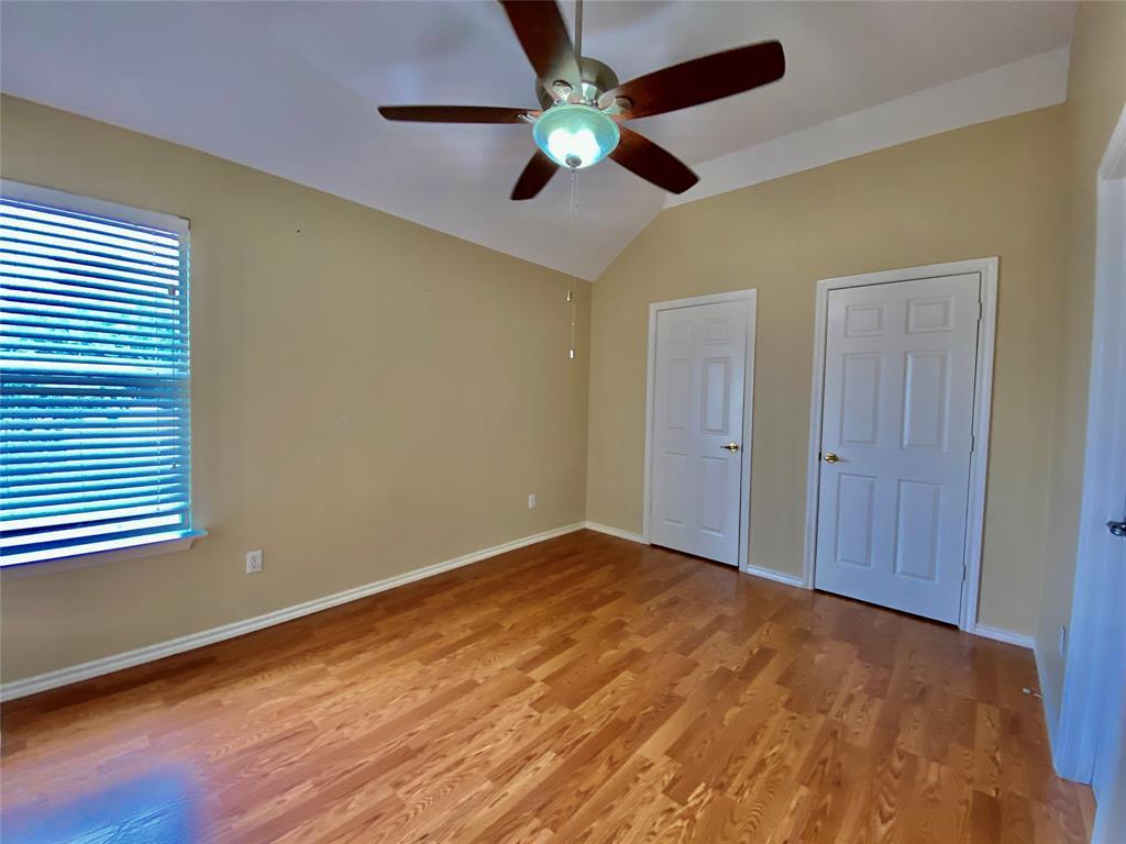 1139 Holly  Drive, Carrollton, Texas 75010 - acquisto real estate best new home sales realtor linda miller executor real estate