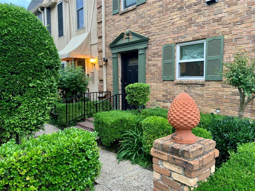 2727 Shelby  Avenue, Dallas, Texas 75219 - Acquisto Real Estate best frisco realtor Amy Gasperini 1031 exchange expert