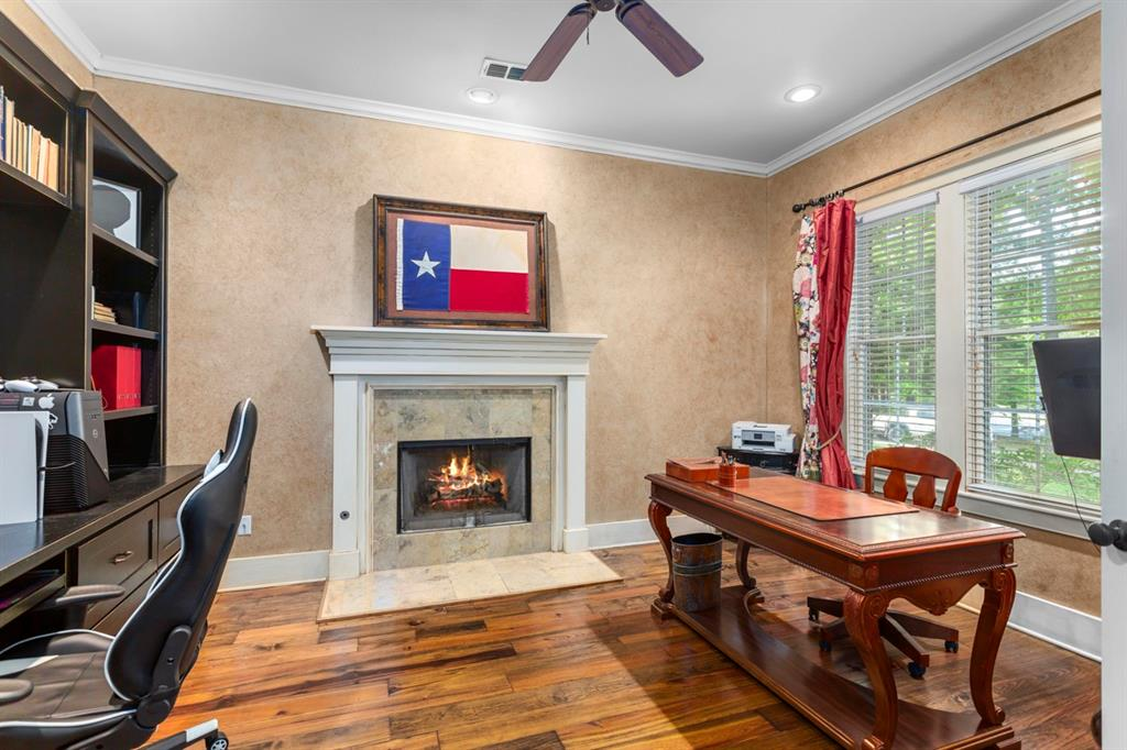 1910 Stonegate  Place, Tyler, Texas 75703 - acquisto real estate best frisco real estate broker in texas for high net worth buyers
