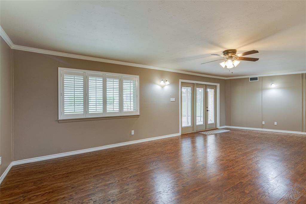 22 Shadowbrook  Lane, Hurst, Texas 76053 - acquisto real estate best luxury buyers agent in texas shana acquisto inheritance realtor