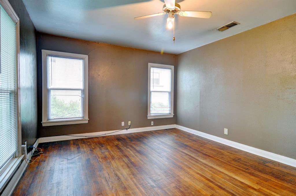 4921 Pershing  Avenue, Fort Worth, Texas 76107 - acquisto real estate best prosper realtor susan cancemi windfarms realtor