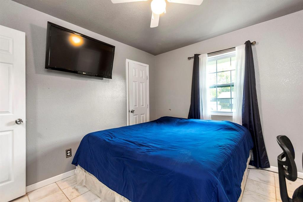 5701 Hanson  Drive, Watauga, Texas 76148 - acquisto real estate best new home sales realtor linda miller executor real estate