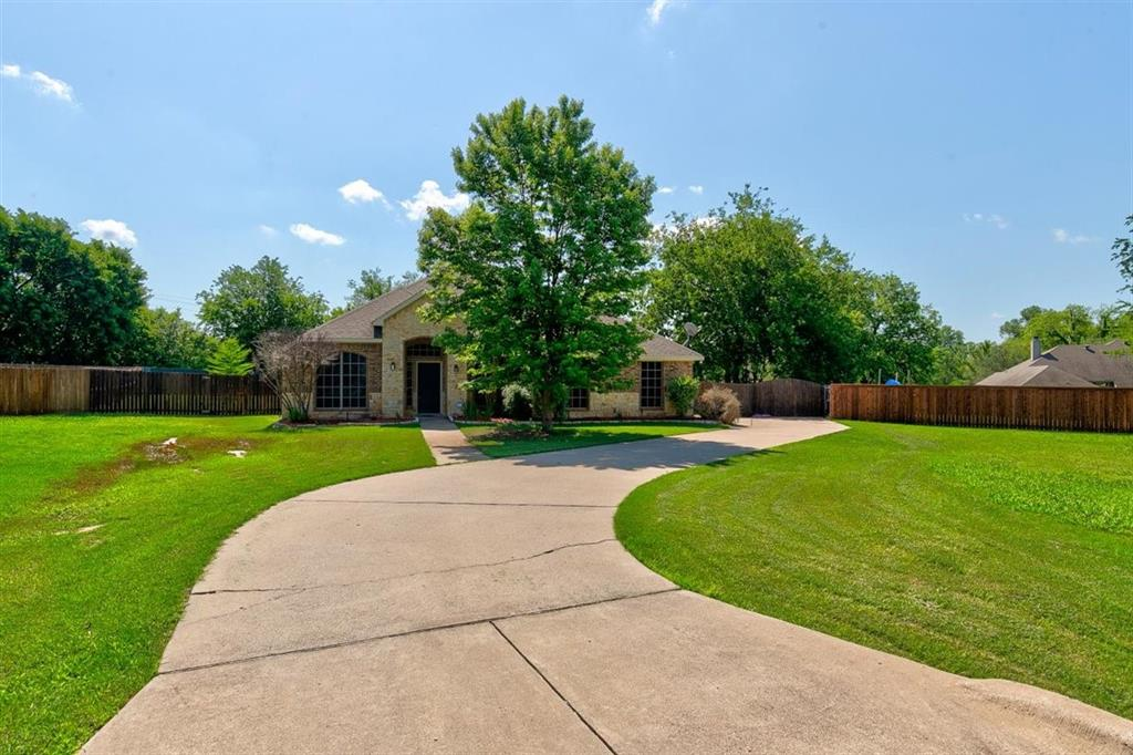 4407 Cluster Oak  Court, Granbury, Texas 76049 - acquisto real estate best prosper realtor susan cancemi windfarms realtor