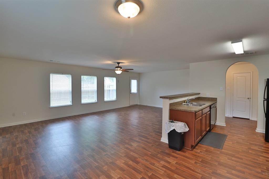 1031 Stanwyck  Avenue, Duncanville, Texas 75137 - acquisto real estate best highland park realtor amy gasperini fast real estate service