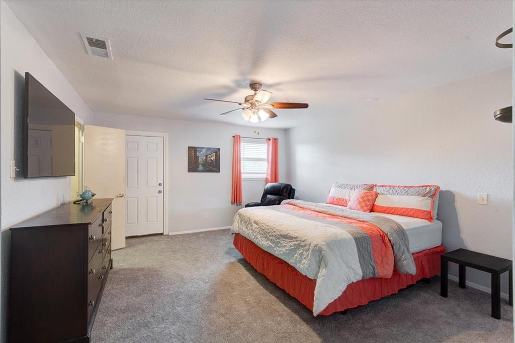 1112 Cooks  Lane, Fort Worth, Texas 76120 - acquisto real estate best designer and realtor hannah ewing kind realtor