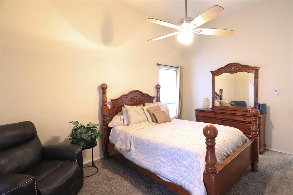 5307 Barberry  Drive, Arlington, Texas 76018 - acquisto real estate best listing agent in the nation shana acquisto estate realtor